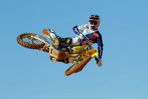 2013-yoshimura-james-stewart-whip