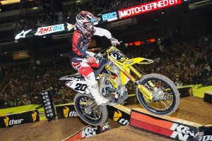 Photo: suzuki-racing.com