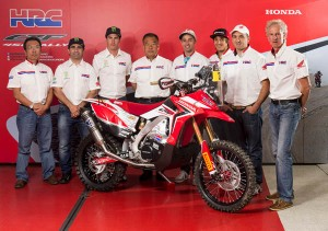 2014 team_hrc_complete_Rally_Dakar